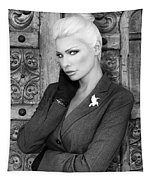 Intrigue Bw Fashion Tapestry