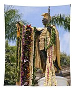Kamehameha Covered In Leis Tapestry