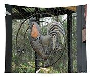 La Decoration Sur La Cage De Poulet Tapestry