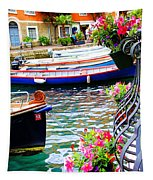 Limone Getaway Tapestry