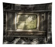 No One's Watching - Vintage Television In An Old Barn Tapestry
