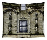 Oil Painting - Renaissance Styled Statues On Royal Palace In Stirling Castle Tapestry