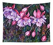 Pendientes De La Reina Tapestry