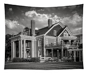Thistle Hill Bw Tapestry