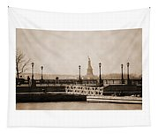 Vintage Statue Of Liberty View Tapestry