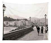 Molto Romantico Tapestry