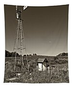 A Moving Memory Monochrome Tapestry