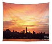 Ny Skyline -daybreak Splendor Tapestry
