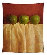 Trois Pommes Tapestry