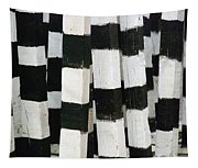 Blanco Y Negro Tapestry