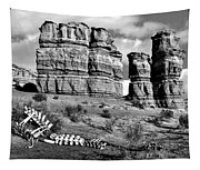 Death On Notom-bullfrog Road - Capitol Reef - Bw Tapestry
