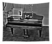 Elvis And The Black Piano ... Tapestry