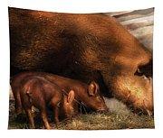 Farm - Pig - Family Bonds Tapestry