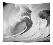Huge Curling Wave - Bw Tapestry