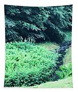 L Tapestry