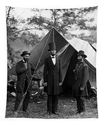 Lincoln With Allan Pinkerton - Battle Of Antietam - 1862 Tapestry