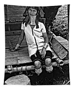 Longneck Beauty Bw Tapestry