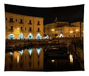 Midnight Silence And Solitude - Syracuse Sicily Illuminated Waterfront Tapestry