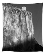 M-m6506-e-bw-moonrise Over El Capitan At Sunset  Tapestry