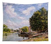 Moret-sur-loing Tapestry