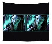 Neytiri - Gently Cross Your Eyes And Focus On The Middle Image Tapestry