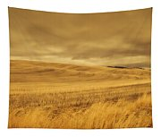 Old Barn In The Wheat Field Tapestry