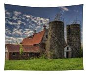Old Barn Near Sedalia Mo Dsc01900 Tapestry