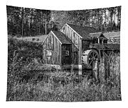 Old Grist Mill In Vermont Black And White Tapestry