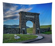 Roosevelt Arch At Yellowstone Dsc2522_05252018 Tapestry