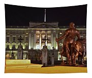 Statues View Of Buckingham Palace Tapestry