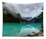 The Breathtakingly Beautiful Lake Louise Vi Tapestry