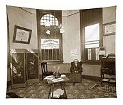 Waiting Room Of Dr. C. H. Pearce, D.d.s. Dentist, Watsonville,  Tapestry