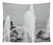 Water Spray - Swann Fountain - Philadelphia In Black And White Tapestry