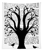 Blackbirds In A Tree - Central Tapestry