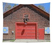 Grantham Barn With Quilt Squares Tapestry