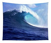Waves Splashing In The Sea, Maui Tapestry