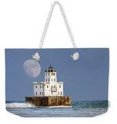 0186 Moon Over Milwaukee Breakwater Lighthouse Weekender Tote Bag