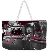 Bonnie And Clyde Death Car South Of Gibsland Toward Sailes Louisiana May 23 1933-2013 Weekender Tote Bag