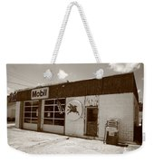 Route 66 - Rusty Mobil Station Weekender Tote Bag