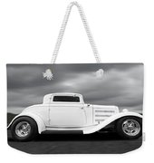 32 Ford Deuce Coupe In Black And White Weekender Tote Bag
