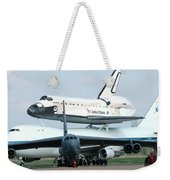 747 Transporting Discovery Space Shuttle Weekender Tote Bag