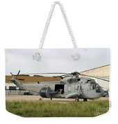An Sh-3d Sea King Airborne Early Weekender Tote Bag