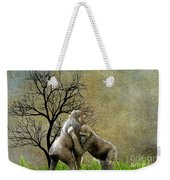 Animal - Gorillas - Isn't Love Grand Weekender Tote Bag
