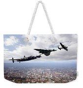 Avro Birds Weekender Tote Bag