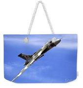 Avro Vulcan B2 Xh558 G-vlcn Weekender Tote Bag
