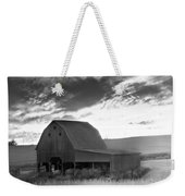 Barn On Rt.41 Ross County Weekender Tote Bag