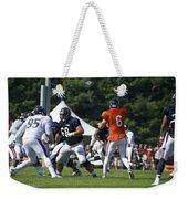 Chicago Bears G Matt Slauson Training Camp 2014 02 Weekender Tote Bag