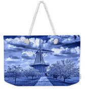 deZwaan Holland Windmill in Delft Blue Weekender Tote Bag