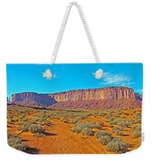 Elephant Butte From Wildcat Trail In Monument Valley Navajo Tribal Park-arizona   Weekender Tote Bag