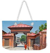 Entry To Pasupatinath Temple Of Cremation Complex In Kathmandu-nepal    Weekender Tote Bag